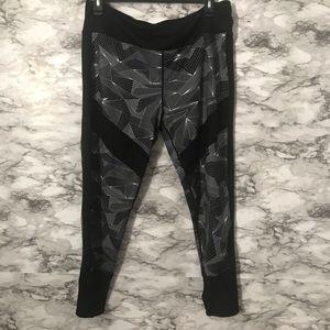 Pants - Geometric Mesh Black White Athletic Leggings 2XL